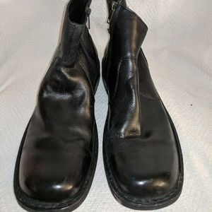 Born Ward Black Leather Zip Ankle Boot Mens 9.5M